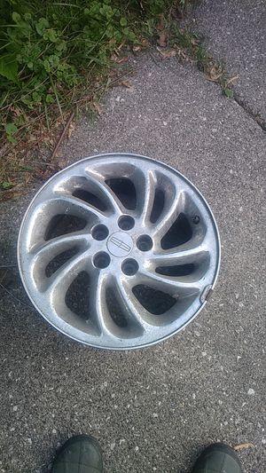 16 inch Chrome Lincoln Wheels for Sale in Livonia, MI
