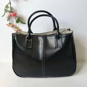 Black top handle hobo Women Fashion handbag for Sale in GRANT VLKRIA, FL