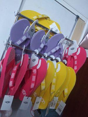 Uggs flip flops originals for Sale for sale  Newark, NJ