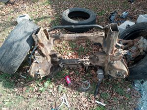 2010 chevy Silverado front suspension and rack and pin for Sale in Oak Point, TX