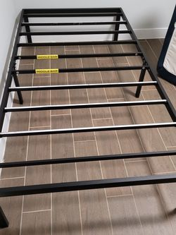 Twin Beds And Platform 150$ for Sale in Hyattsville,  MD