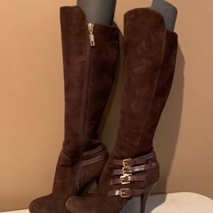 Women's Boots Size 6 for Sale in Danbury, CT