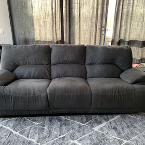 Double Reclining Sofa for Sale in Chicago, IL