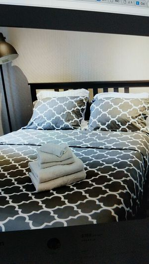 Queen bed frame for sale for Sale in New York, NY