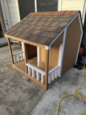 Dog house 4x4x4 for Sale in Houston, TX