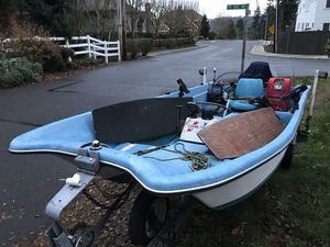 Livingston 13' w/ center console for Sale in Bothell, WA