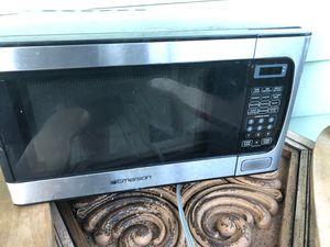 Microwave for Sale in Varna, IL