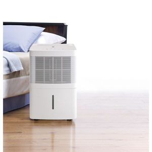 Dehumidifier Wet Room Deshumidificador Casa GE Appliances 30 Pint 1,500Sq. Ft for Sale in Miami, FL