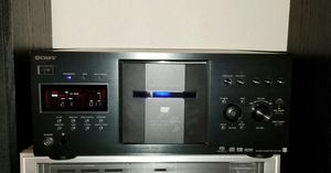 SONY 400 Disc player DVD and CD player for Sale in Fresno, CA