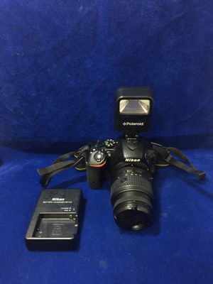 Nikon D5500 SLR Digital Camera w/ 18-55mm Lens, Polaroid Flash and Charger for Sale in Marietta, GA