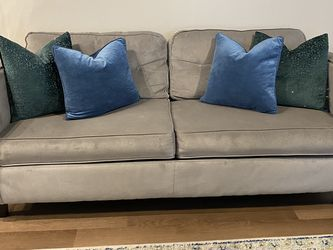 Gray Couch With Pillows for Sale in Austin,  TX