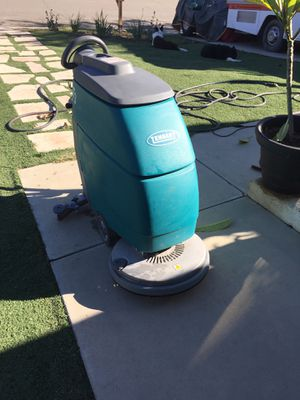 Tennant T3 floor scrubber only 80 hours brand new batteries ready to work or rent for Sale in Corona, CA