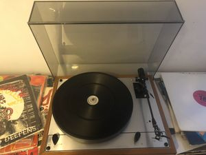 Thorens turntable TD165 with Grace 747 tonearm record player for Sale in Nipomo, CA
