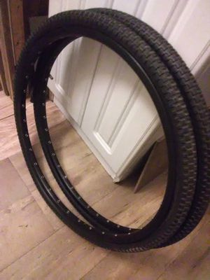 "24"" BMX CRUISER HOOPS N ODYSSEY TIRES for Sale in Chandler, AZ"