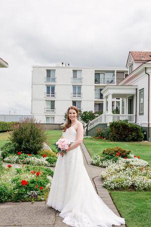 Maggie Sottero Wedding Dress for Sale in Burien, WA