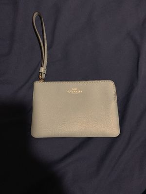 Brand new coach wristlet for Sale in Seattle, WA