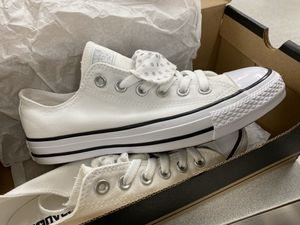 Brand new converse never worn for Sale in Bartlett, IL