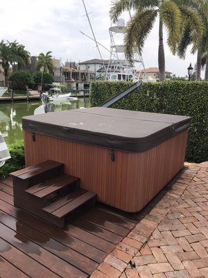 Hot Spot Relay 6 person Hot Tub for Sale in Palmetto Bay, FL