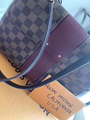 Louis Vuitton purse for Sale in Gilroy, CA