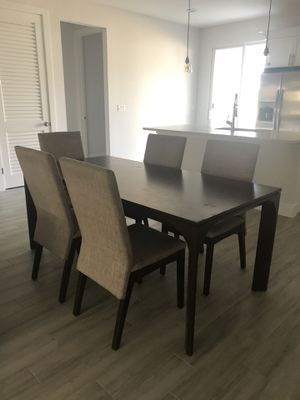 Dinning table + 6 chairs for Sale in West Palm Beach, FL