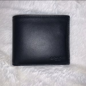 Coach wallet for Sale in Upland, CA