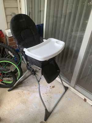High chair for Sale in Frederick, MD