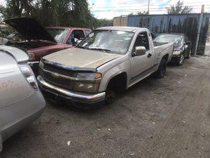 Chevy Colorado parts piezas for Sale in Miami, FL