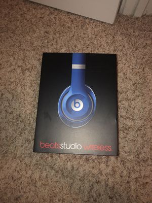 EMPTY beats studio case for Sale in Houston, TX