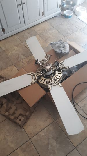 Free ceiling fan for Sale in Raleigh, NC