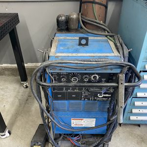 Miller Syncrowave 250 Tig, New CK Flex Torch and Bottle for Sale in Santa Ana, CA