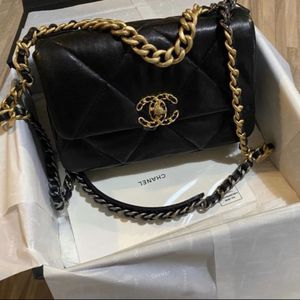 Chanel Bag 19 Small for Sale in Hollywood, FL