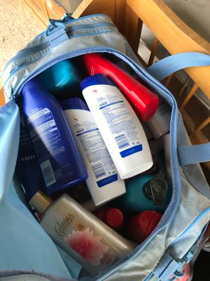Bag full of shampoo lostions deoterant body wash for Sale in San Leandro, CA