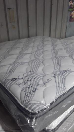 NEW KING SIZE SERTA PERFECT SLEEPER EURO TOP MATTRESS SET for Sale in Hillsboro, OR