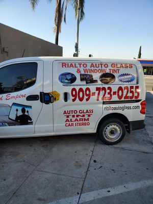 Tint & car alarms for Sale in Redlands, CA