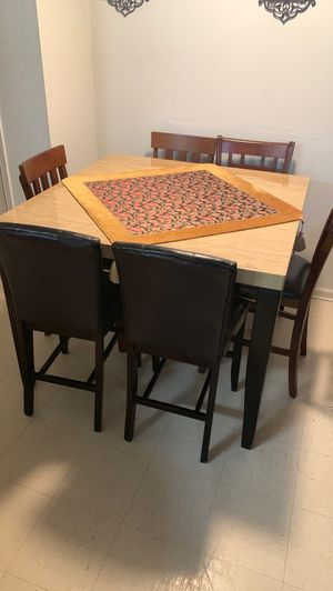 Kitchen table for Sale in Kolin, LA