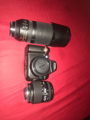 NIKON D5000 CAMERA WITH LENSES AND CARRYING BAG for Sale in Daly City, CA
