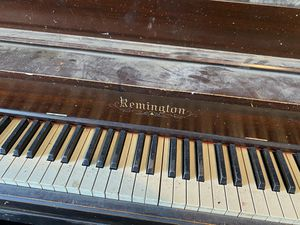 Free Remington stand up piano for Sale in Littleton, CO