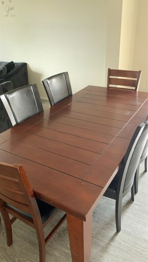 Free table and chairs for Sale in Tukwila, WA
