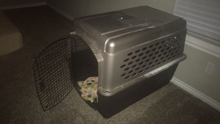 Huge dog kennel. for Sale in Yukon,  OK
