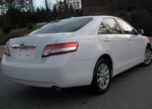 Runs Very Good! 2010 Toyota Camry FWDWheels for Sale in Green Bay, WI