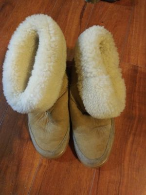 Uggs Fleece Boots Sz: 6M-7L for Sale in Tulsa, OK