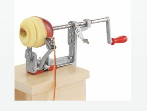 PAMPERED CHEF APPLE PEELER AND CORER SLICER for Sale in Renton, WA