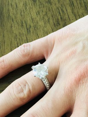 925 Silver ring with zirconium 6.5size. for Sale in Los Angeles, CA