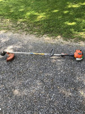 Weed trimmer for Sale in New Athens, IL