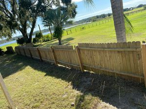 2 year old picket fence with posts 4ft by 8ft panels 136ft for Sale in Zephyrhills, FL