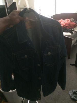 Levis jean jacket for Sale in Camden, NJ