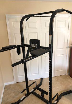 Everlast workout station for Sale in Avon Park, FL