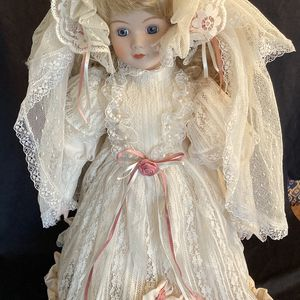 Musical Porcelain Bride Doll for Sale in Holmdel, NJ