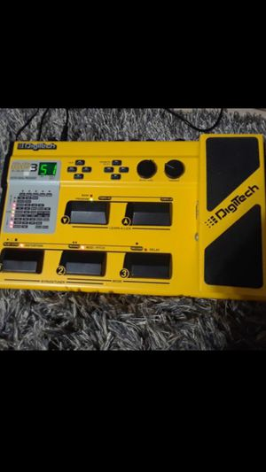 Pedalboard digitech Rp 3 for Sale in Somerset, MA