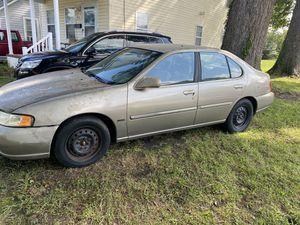 2001 Nissan Altima 2000 obo for Sale in Chesapeake, VA